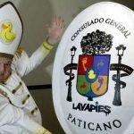 Leo.Bassi_.Iglesia.Patolica