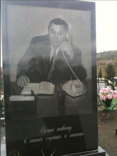 Cementerio ruso trabajador incansable