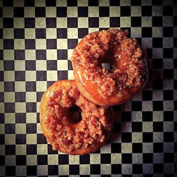 bar-brutus-bacon-donuts