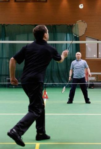 Putin jugando al badminton
