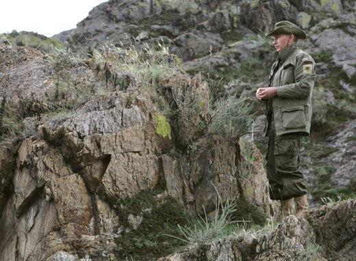 Putin maniobras militares en el terreno