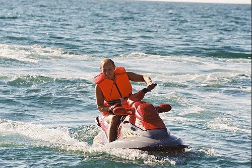 Putin en moto de agua