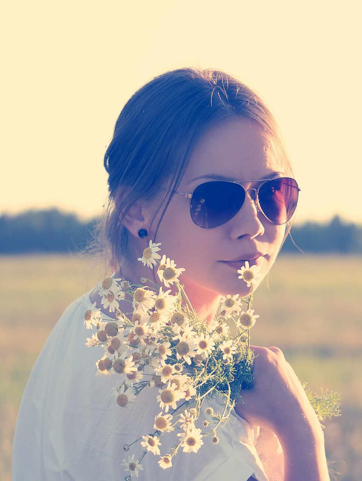 La moda hipster de las barbas con flores